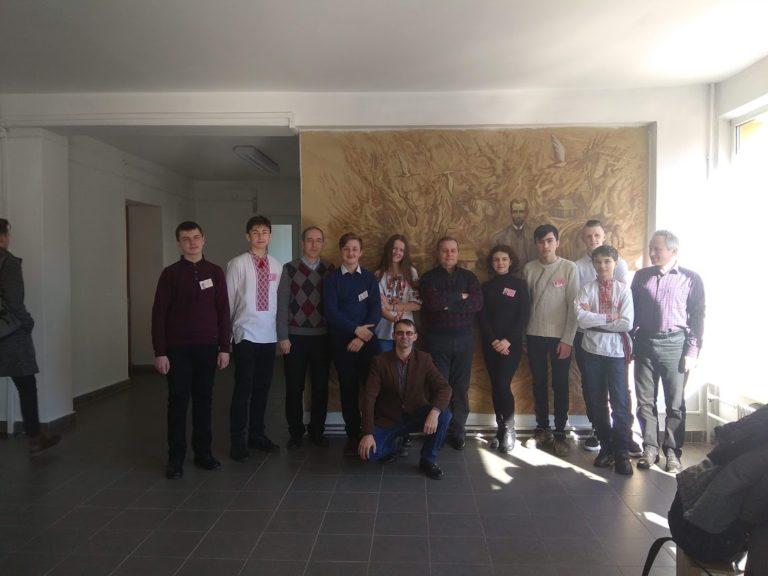 Юні науковці на обласному захисті робіт в Малій академії